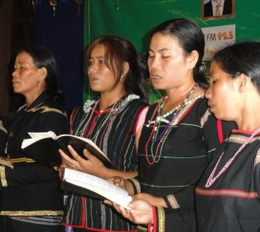 phnong choir large